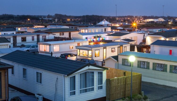 6 Best Mobile Home Investing Books
