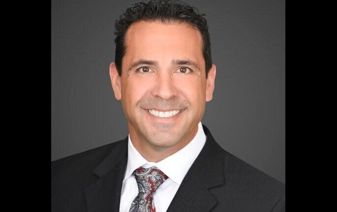 Realtor achieves $1B in closed home deals | Business